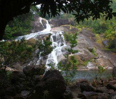 meenmutty-waterfalls